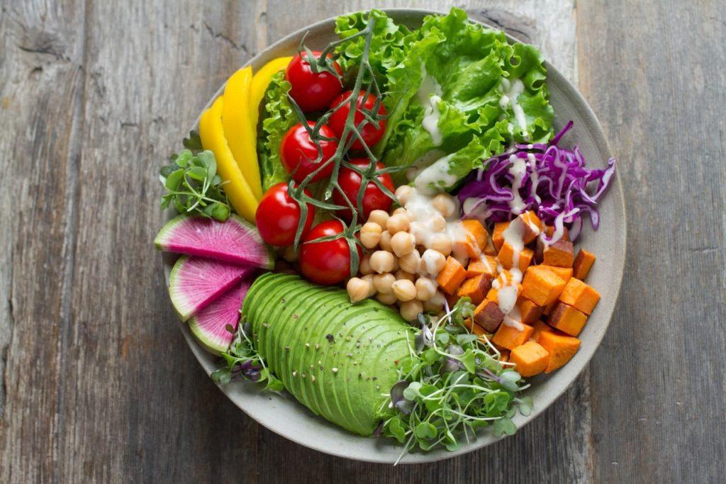 色とりどりの野菜に囲まれて幸せ♡